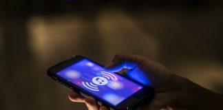 Easy Ways To Listen To Music Online